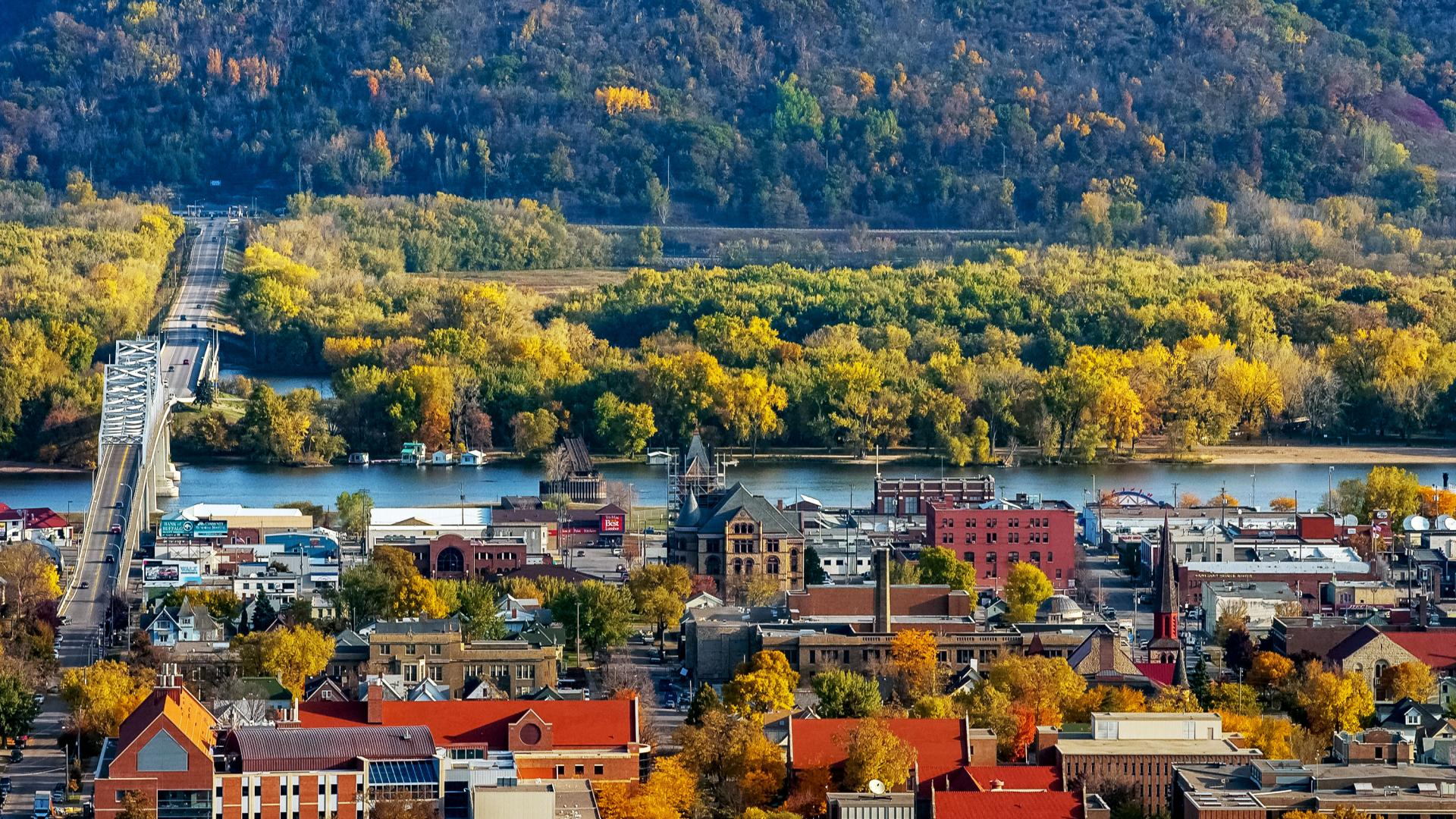 Fall scenes along Great River Road Winona