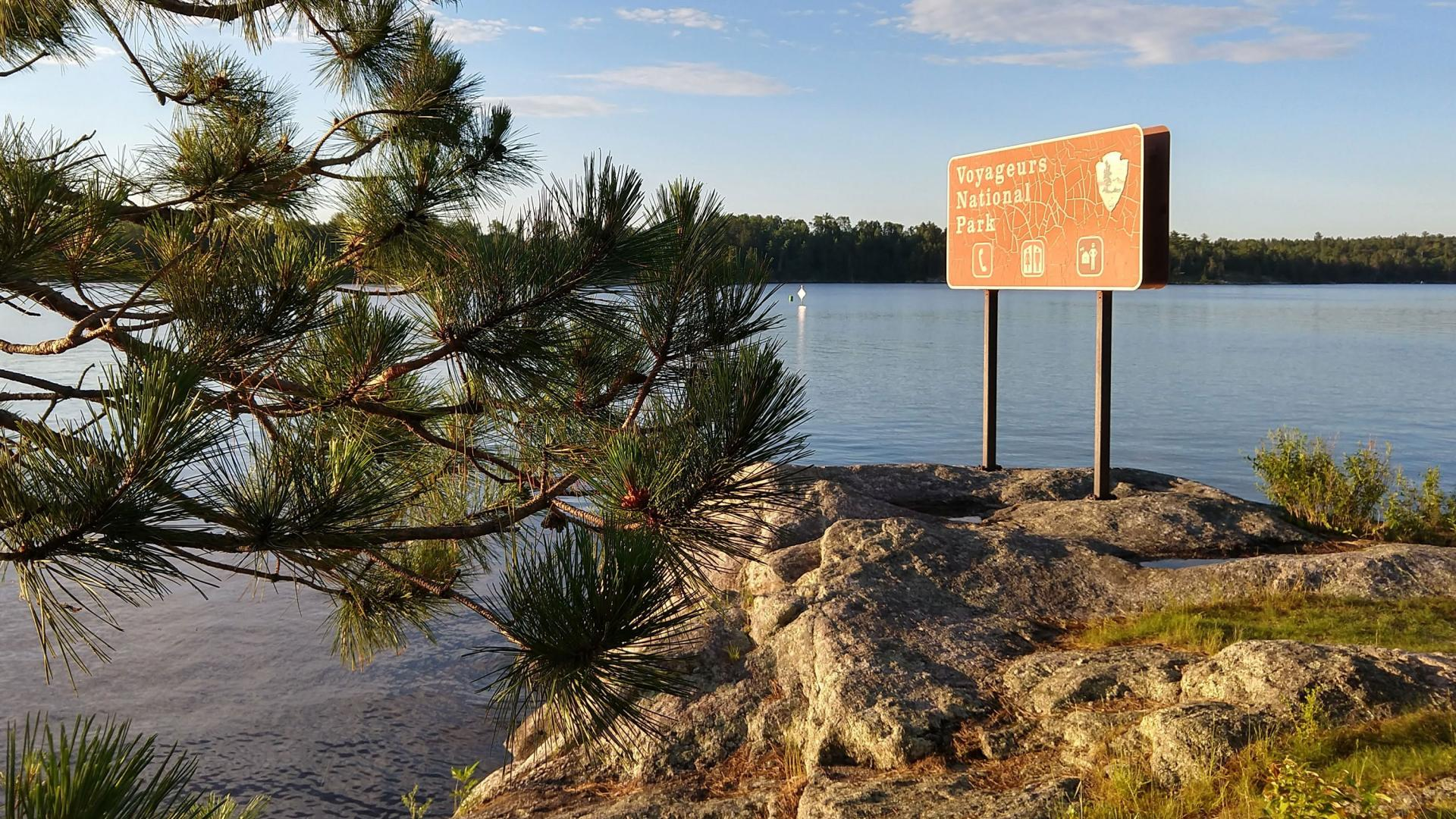 voyageurs national park sign