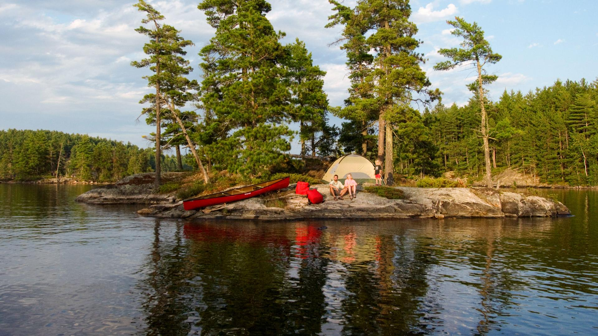 Family camping in the Boundary Waters