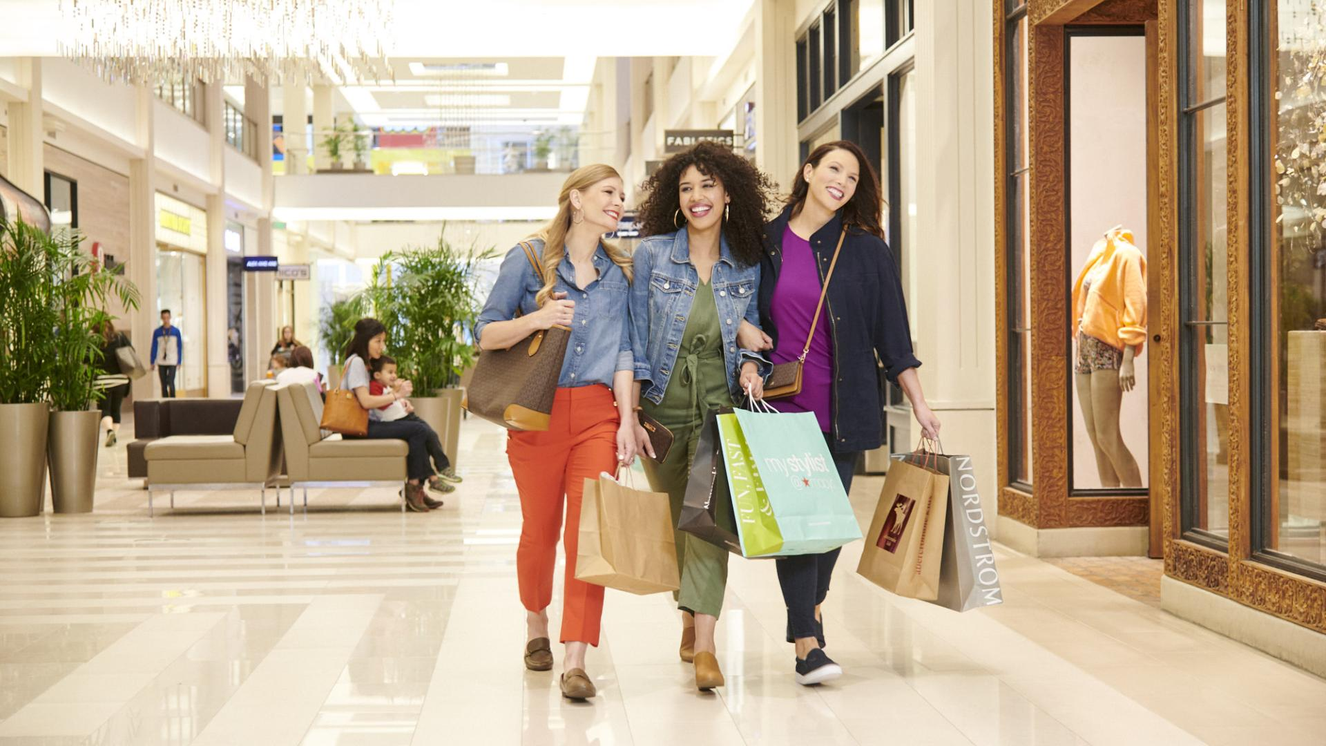 Women shopping at Mall of America