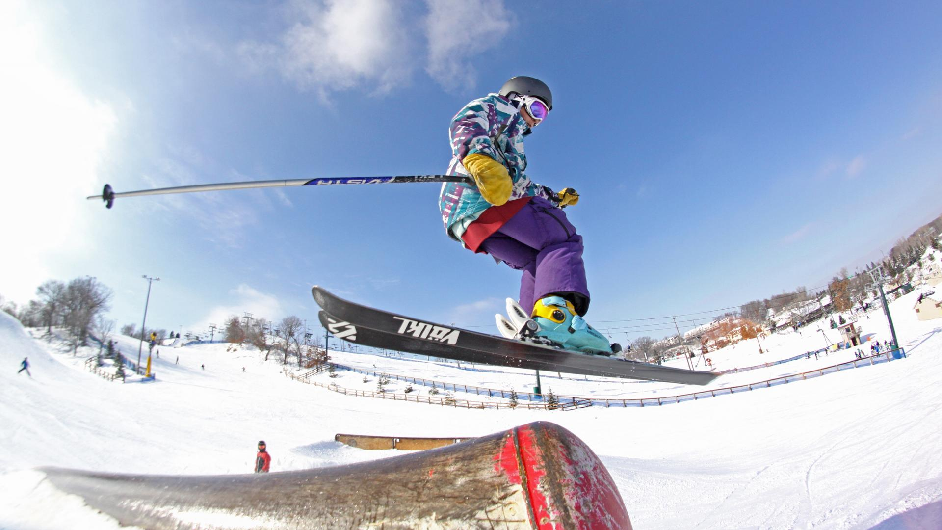 Downhill skier hits a grind at Buck Hill