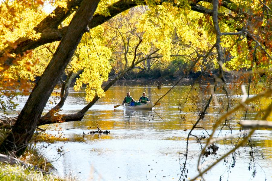 Fall canoeing at St. Croix State Park