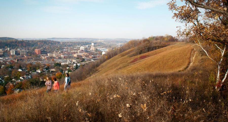 Fall hike up Barn Bluff in Red Wing