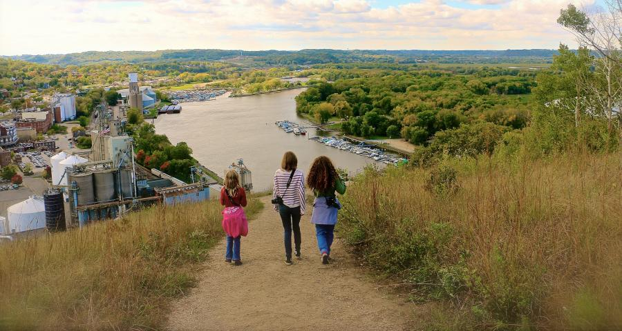 Girls at Barn Bluff overlook in Red Wing