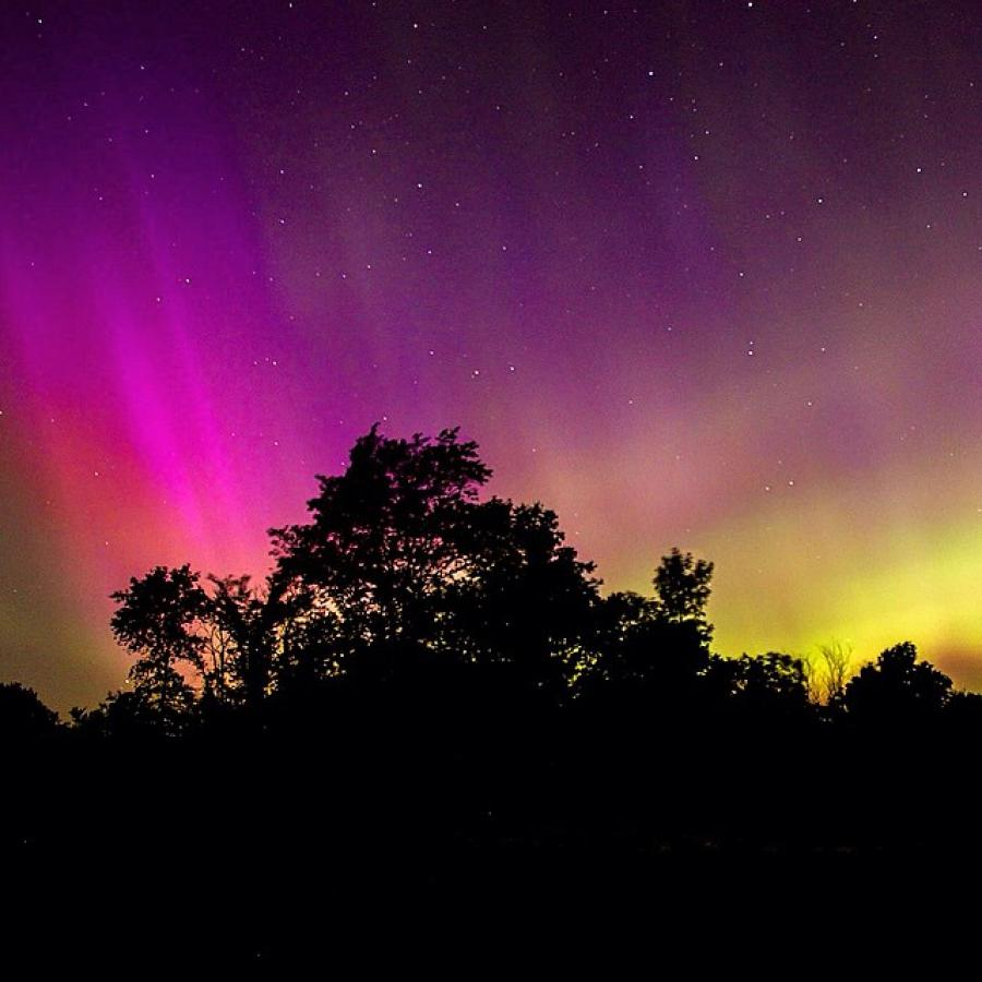 Northern lights in Minneopa State Park
