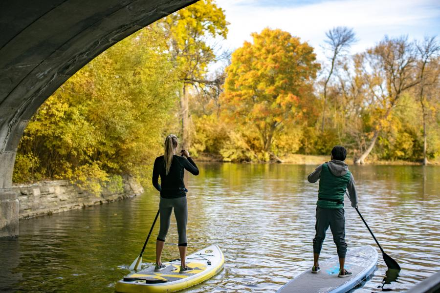 Spend Time Outside In Twin Cities Parks And Lakes Explore Minnesota