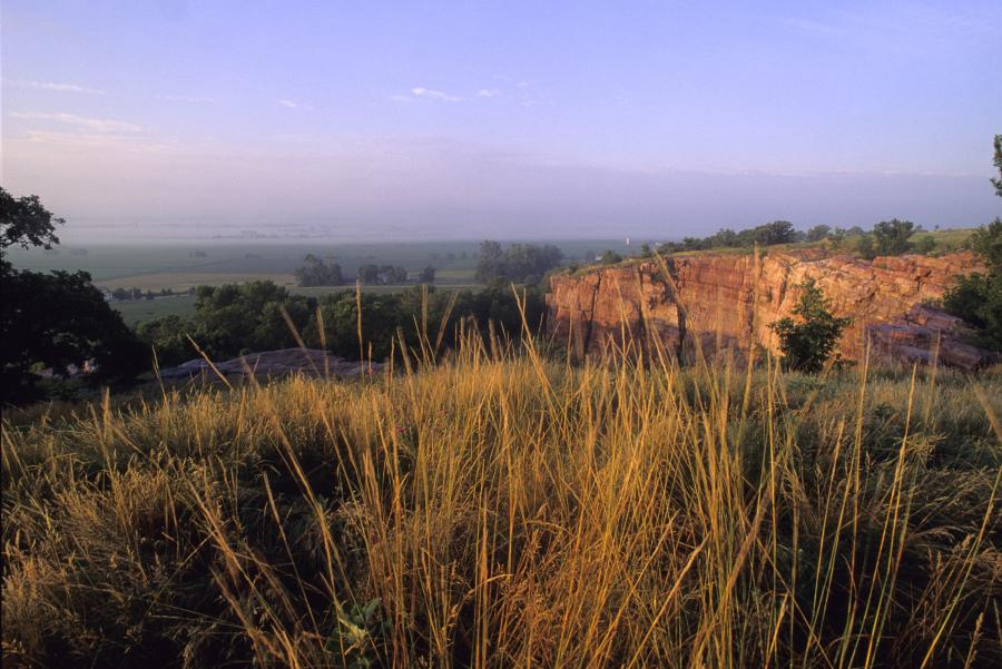 Cliff and prairie at Blue Mounds State Park