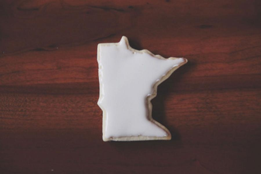 Minnesota shaped Christmas cookie