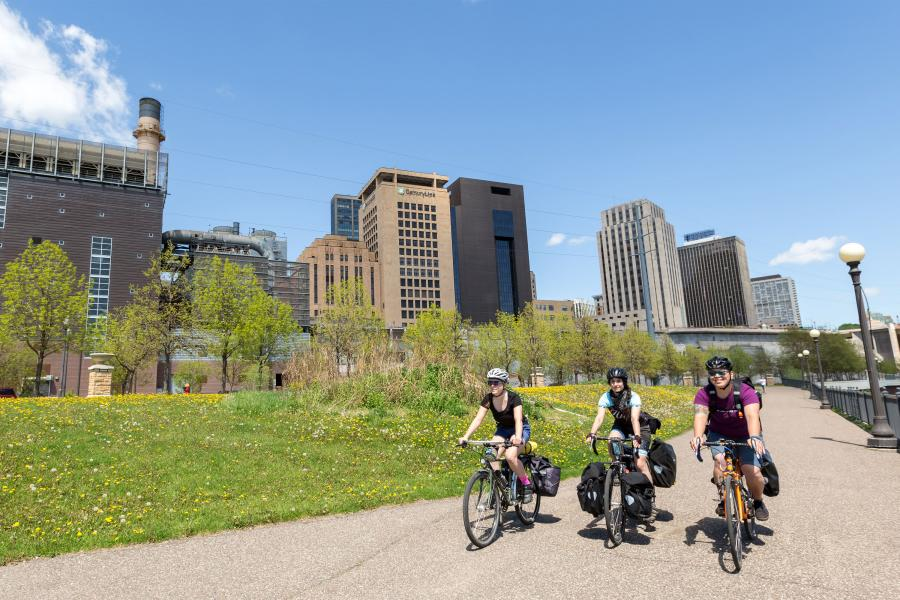 Mississippi River Trail bike tour Saint Paul