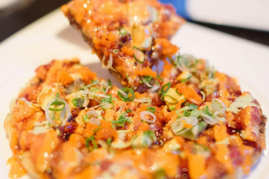 Spicy tuna pizza at Haiku