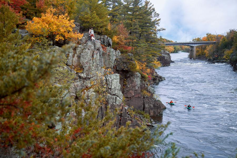 Taylors Falls Interstate State Park fall couple hiking