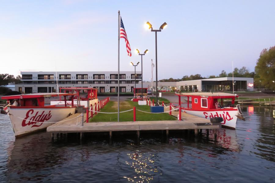 Eddys resort Launch Bar & Grill on Lake Mille Lacs