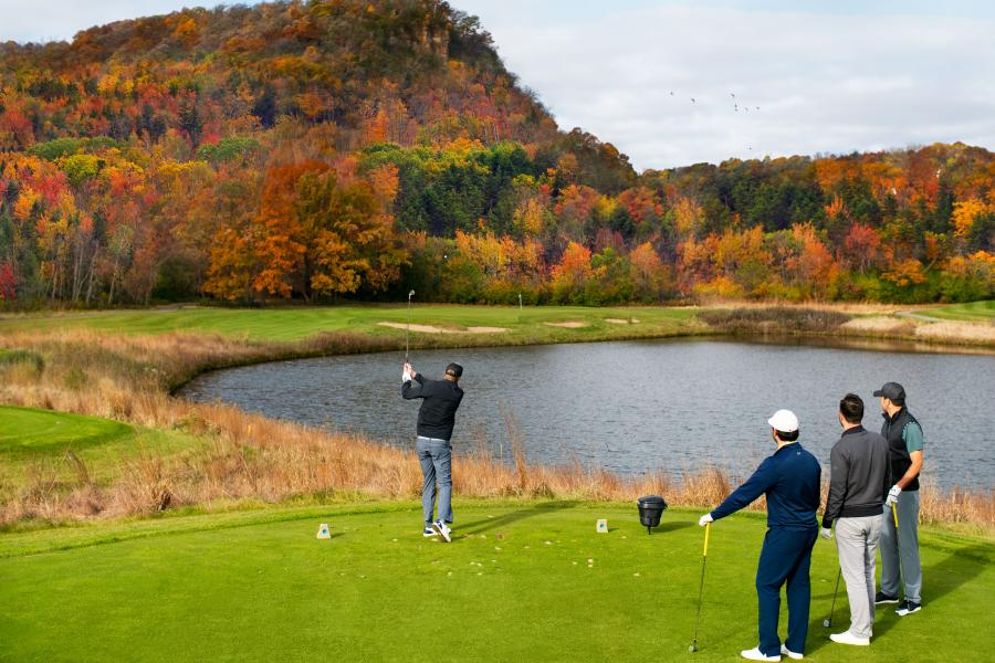 The Jewel golf club in fall