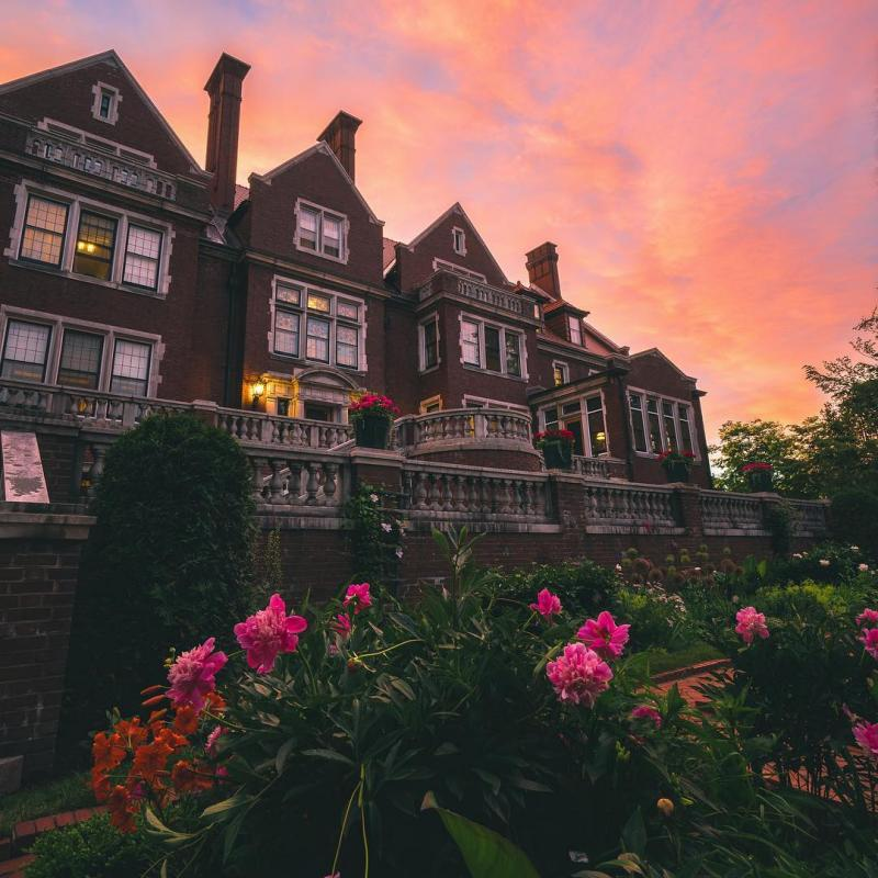Glensheen Estate in Duluth at sunset