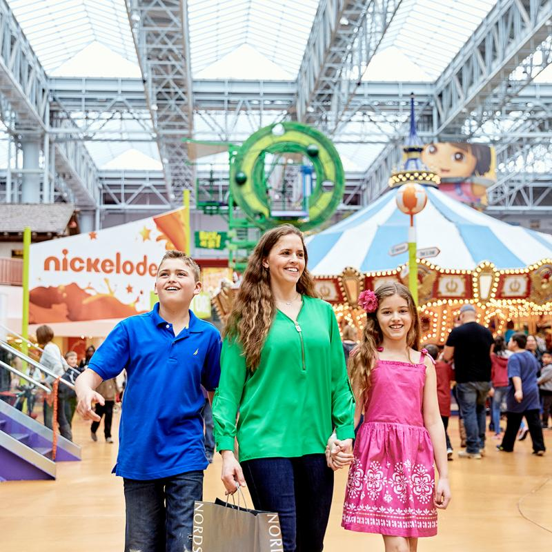 Family at Nickelodeon Universe at the Mall of America