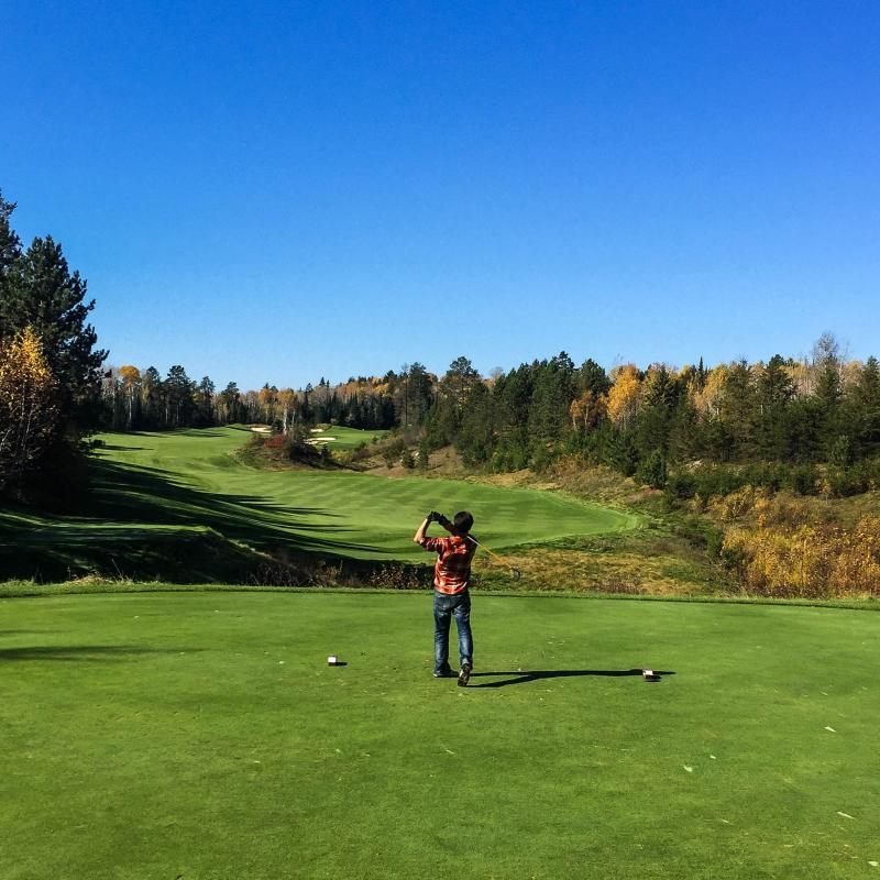 Fall golfing at The Quarry at Giants Ridge
