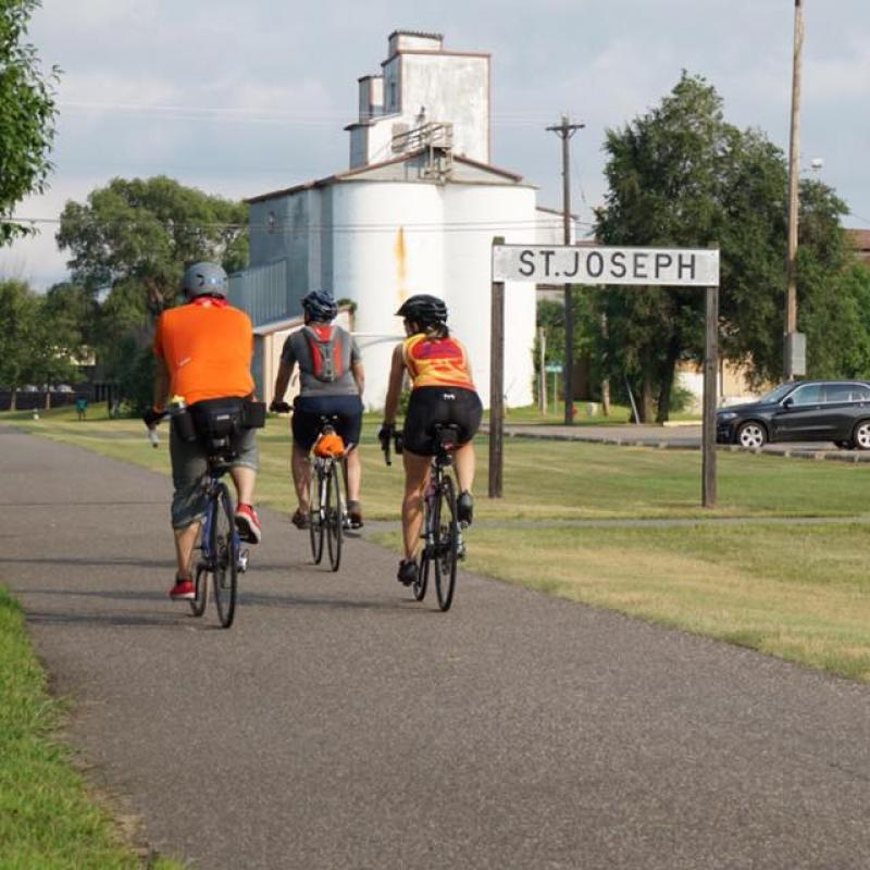 Bicyclists on Lake Wobegon Trail