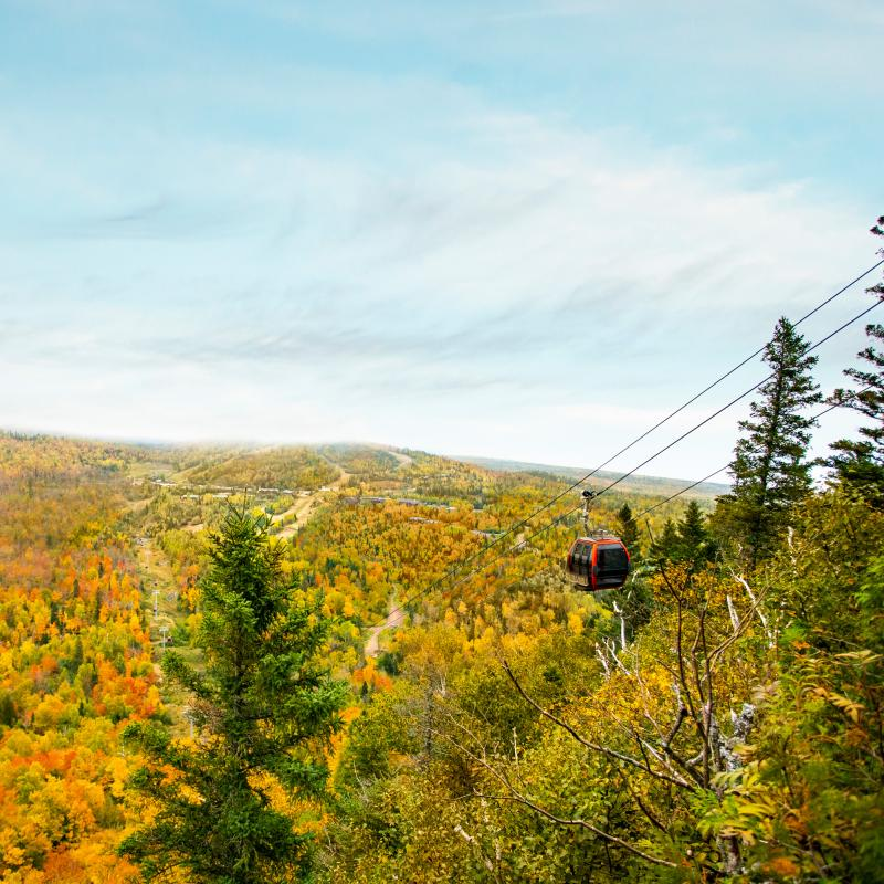 Lutsen Mountains via aerial tram in Fall